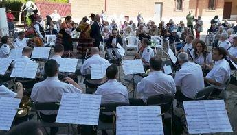 La Banda Sinfónica de Albacete ofrece a los mayores del asilo de San Antón su tradicional concierto de Feria