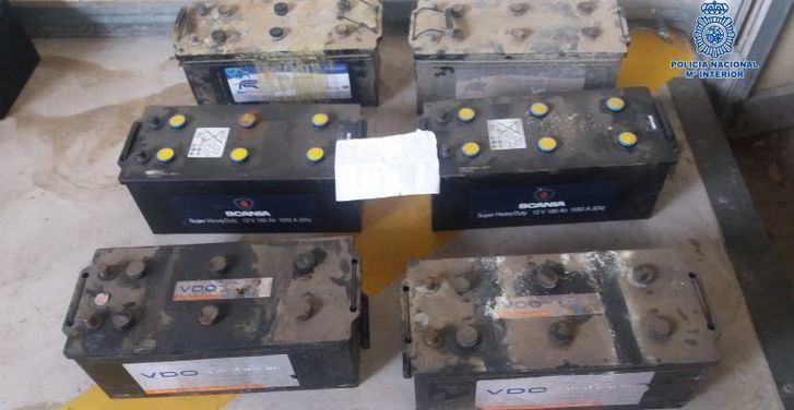 Dos detenidos por robar 12 baterías de camiones estacionados en el Polígono Industrial de Toledo