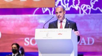 El presidente de las Cortes de C-LM aboga por utilizar la autonomía 'para sumar'