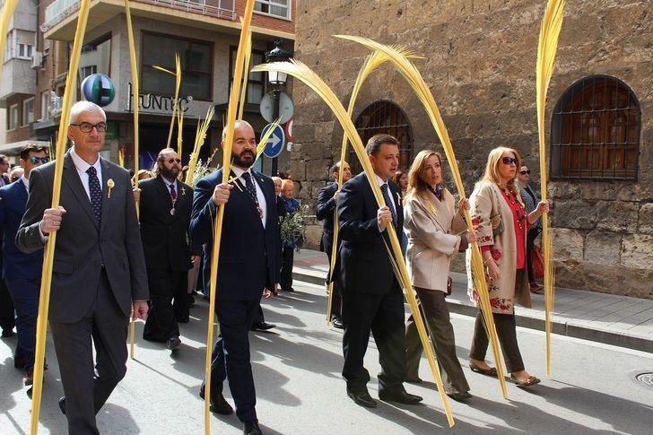 El alcalde anima a los albacetenses a participar en los desfiles de la Semana Santa de Albacete 2019