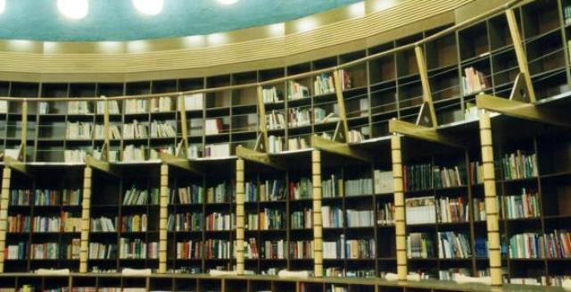 El Ayuntamiento de Albacete contrata personal para poder abrir los sábados la biblioteca de los Depósitos del Sol