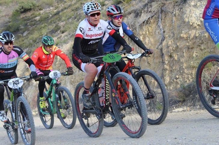 El Circuito de BTT de la Diputación de Albacete tuvo una gran prueba de maratón en Almansa
