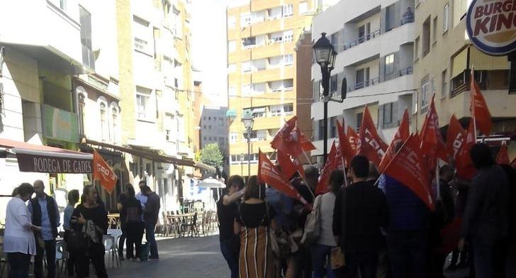 Trabajadores del Burger King de Albacete se concentra contra los despidos