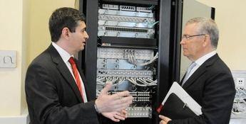 La UCLM contará con un equipo de ensayo para cableado de redes de telecomunicaciones
