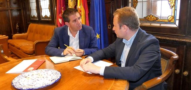 Cabañero y Casañ se reúnen para abordar asuntos de interés para Albacete