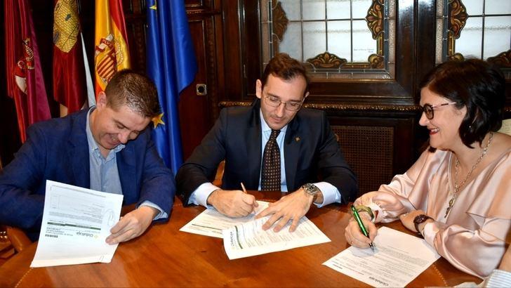 Diputación de Albacete y Globalcaja firman una crédito de 40'3 millones de euros para anticipos a Ayuntamientos y para el CSS