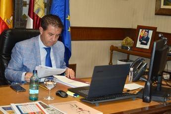 El pleno de la Diputación de Albacete saca adelante la ayuda en limpieza de colegios y arreglo de carreteras por los temporales