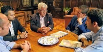 La Diputación de Albacete muestra la continuidad de su apoyo a los responsables de FECAM