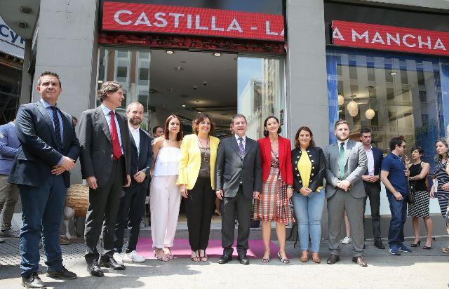 La nueva oficina de turismo de castilla la mancha en for Oficina de turismo de portugal en madrid