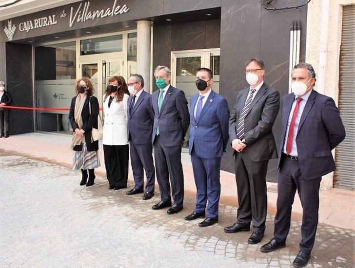 Inaugurada la nueva sede de Caja Rural en Villamalea (Albacete)