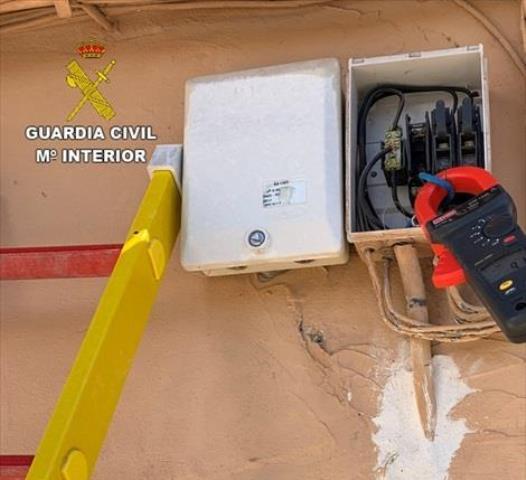 Investigadas 24 personas por defraudación de fluido eléctrico en Quero y Calera y Chozas, en Toledo