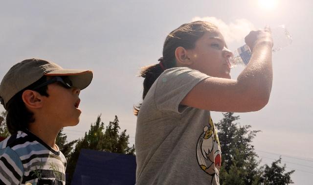El primer día de la ola de calor trae temperaturas de más de 40 grados y ambiente caluroso en toda España