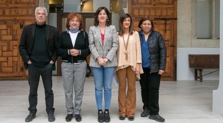 La Junta de Castilla-La Mancha colabora en una campaña para visibilizar la trata como forma extrema de violencia contras las mujeres