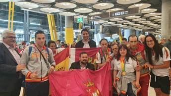 Reconocimiento de la Diputación de Albacete a Serrano y Molina, los campeones del Adapei de Asprona en el Mundial