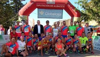 Adela Cabañero y Jesús Ángel Rodríguez ganaron la Carrera Popular de Hoya Gonzalo