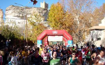 Carmen Risueño y José Ángel Leal ganaron la Carrera Popular de Alcalá del Júcar