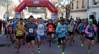 La Carrera Popular de Elche de la Sierra premiará a los atletas que mejoren el tiempo de los ganadores