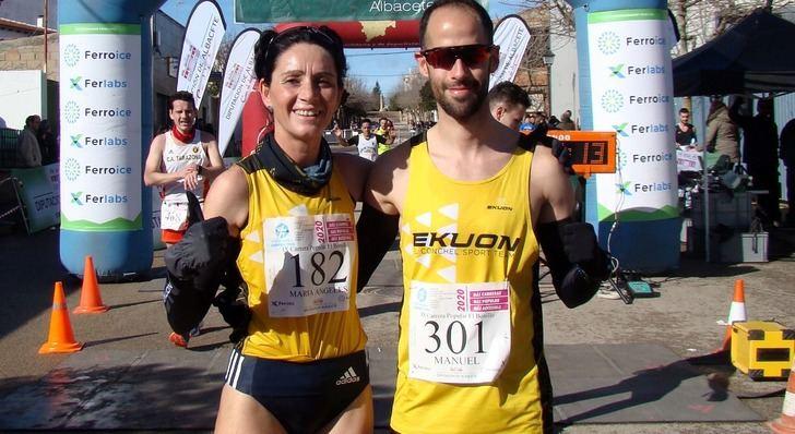 María Ángeles Magán y Manu Gutiérrez repitieron triunfo en la Carrera Popular de El Bonillo
