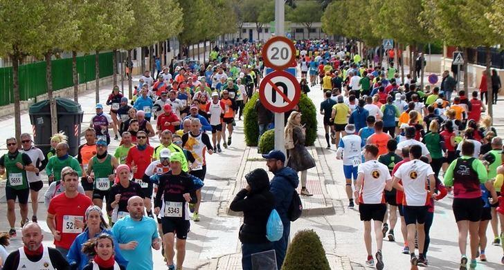 María José de Toro y Severino Felipe se hicieron con el triunfo en la Media Maratón de La Roda