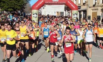 Jesús Ángel Rodríguez y Laura Villar ganaron la Carrera Popular Molinicos