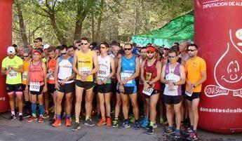 Carmen Risueño y José Carlos Sielva ganaron la calurosa y difícil Carrera Popular de Paterna del Madera