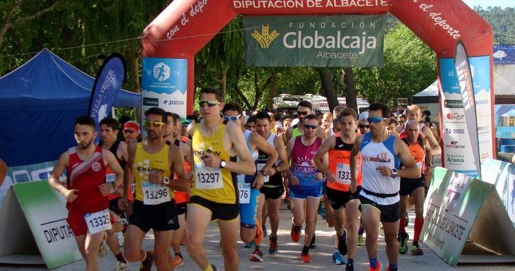 María Ángeles Magán y Rafael López ganaron la Carrera Popular de Villaverde de Guadalimar