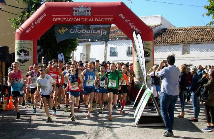 Alrededor de 500 atletas tomarán parte en la octava edición de la Carrera Popular de Casas de Lázaro