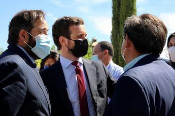 Casado , en Toledo, augura que Calviño acabará como Solbes 'abandonando el barco' y acusa a Sánchez de generar 'inestabilidad'