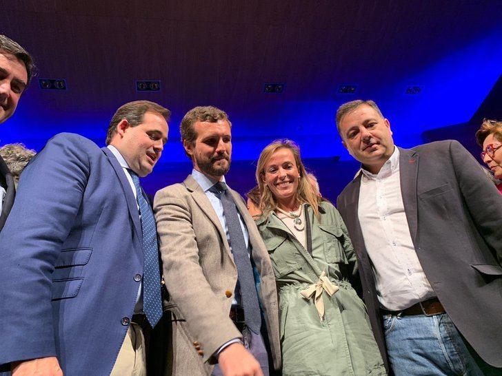 Casado con Núñez y los candidatos al Congreso por Albacete Carmen Navarro y el exalcalde Manuel Serrano