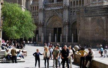La restauración de la torre de la Catedral de Toledo tras desprenderse una pieza el pasado octubre, costará unos 800.000 euros