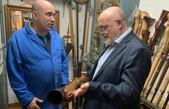 La artesanía caudetana de arcabucería está presente en muchas fiestas de Moros y Cristianos de toda España