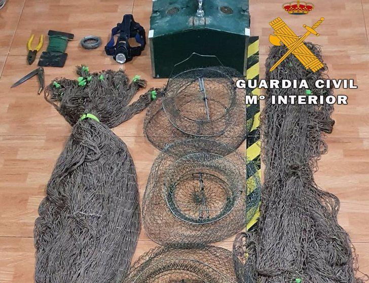 Denunciado un vecino de Tinajeros (Albacete) por cazar de forma ilegal con hurón y saltarse el toque de queda