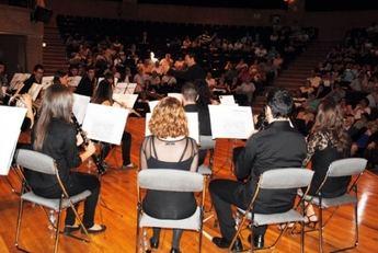 Puesta de largo para la Asociación Musical Universitaria de Albacete