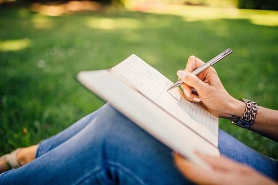 5 consejos para escribir un libro y no morir en el intento