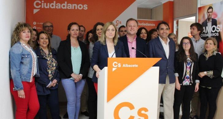 """Vicente Casañ (Ciudadanos) señala que su partido es la alternativa al """"bipartidismo"""" en Albacete"""