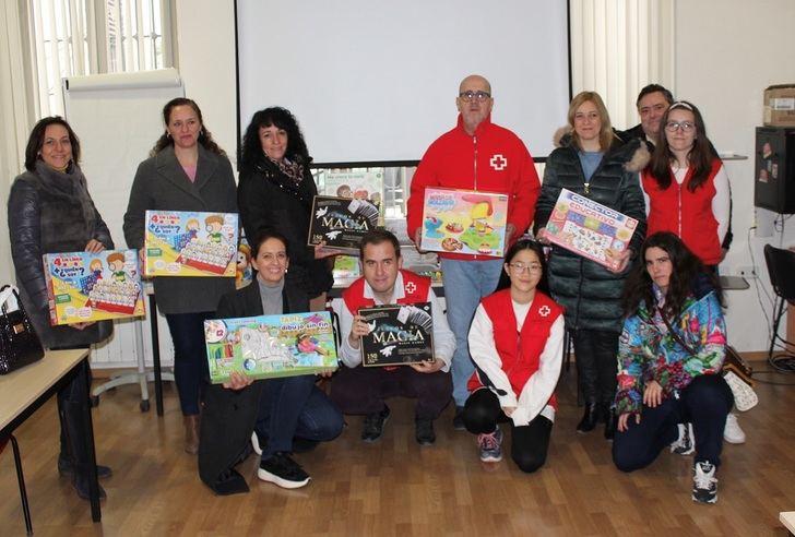 Ciudadanos Albacete colabora con la campaña de recogida de juguetes de Cruz Roja