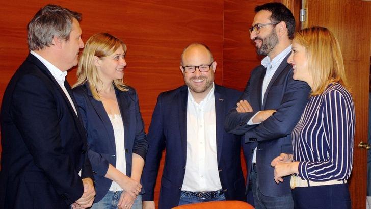 Ciudadanos y PSOE explican el acuerdo al que han llegado en Castilla-La Mancha