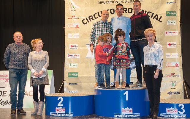Clausurado en Fuentealbilla el VII Circuito de Carreras Populares de La Manchuela