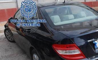 Imagen de archivo del robo de un coche.