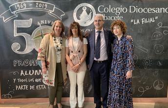 El Ayuntamiento de Albacete felicita a los integrantes del colegio Diocesano por la celebración de su 50 aniversario