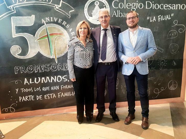 La Diputación de Albacete también celebra con el Colegio Diocesano sus 50 años