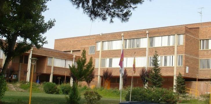 Se cierra una aula y se confina a 19 alumnos y 3 profesores en el colegio Rosario de Hellín (Albacete)