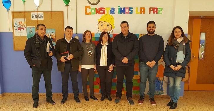 Ayuntamientos y equipos directivos, básicos en la mejora de las escuelas rurales de Alcaraz y Villapalacios
