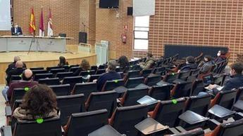 Collado propone para el campus de Albacete una mayor presencia de la UCLM en la sociedad y reorganizar espacios