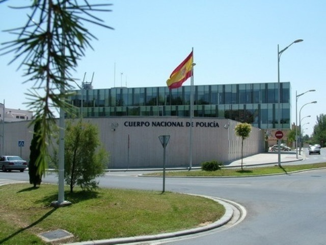 Detenido en Albacete por estafar a su cuñado falsificando su firma para contratar a una empresa de alarmas