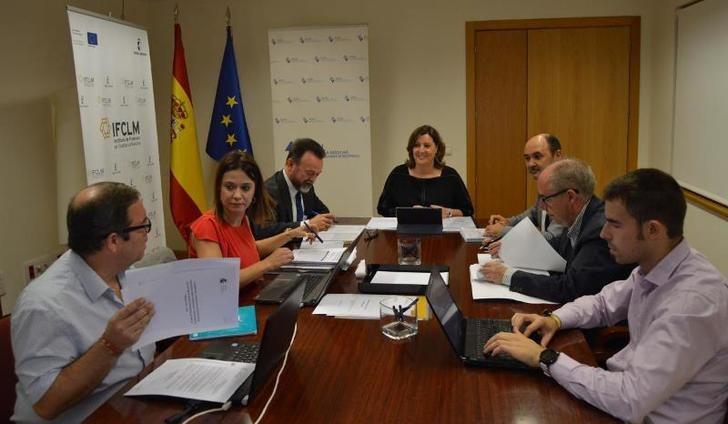 Cinco tutores para asesorar a las empresas que quieran invertir en Castilla-La Mancha