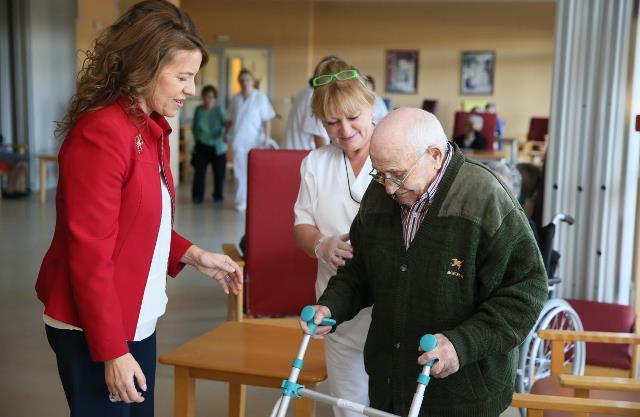 La Junta de Castilla-La Mancha pone en marcha prestaciones de la dependencia dirigidas a mayores y personas con discapacidad