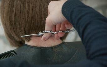 Consejos para cortarte el pelo en casa con un cortapelos profesional