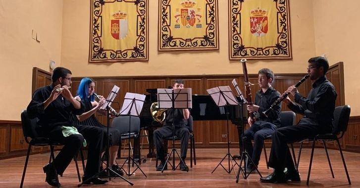 Cinco agrupaciones del Real Conservatorio de Música y Danza de Albacete ofrecerán un concierto benéfico el día 11
