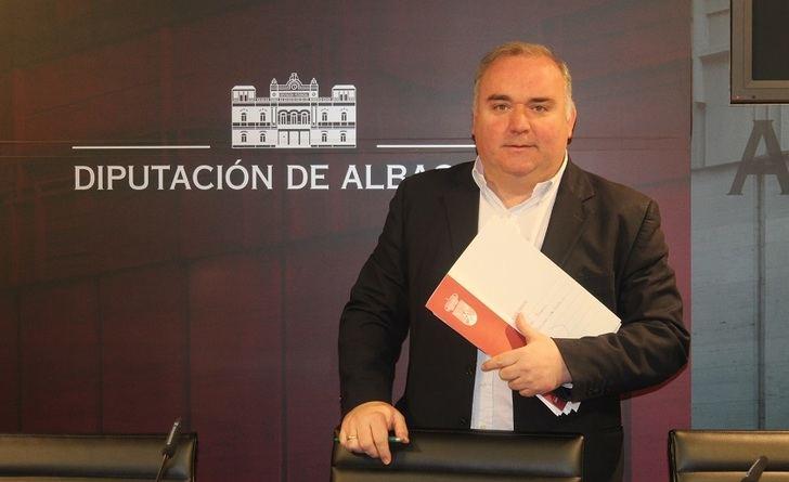 """El PP denuncia """"gestión caótica"""" en San Vicente de Paúl y Parque Móvil """"del peor presidente de la Diputación de Albacete"""""""